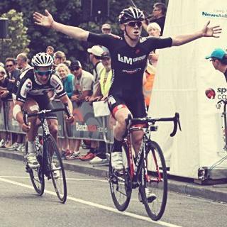 Grayson Napier wins 2013 Festival of Cycling Elite Criterium