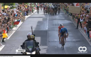 Jack Bauer off the front 1km to go on stage 15 2014 TdF
